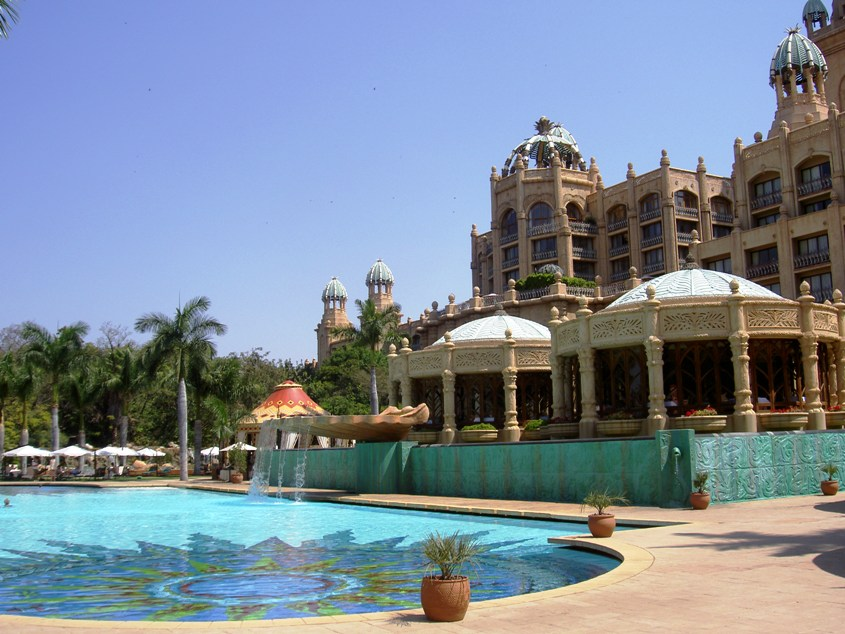 Sun City in South Africa is your ideal location for a family friendly casino holiday!